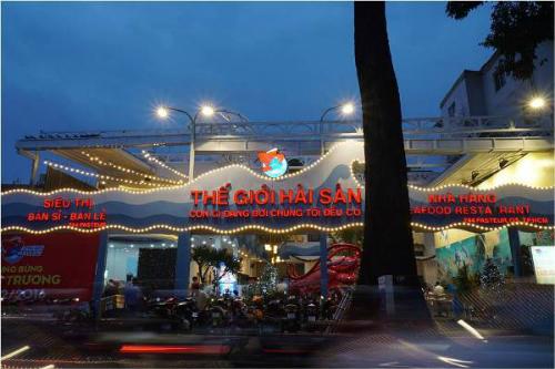Nhân dịp khai trương, Thế giới hải sản Sài Gòn gửi tặng thực khách các chương trình ưu đãi hấp dẫn.