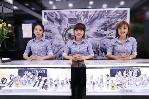 chang-duong-11-nam-phat-trien-cua-shopdonghocom
