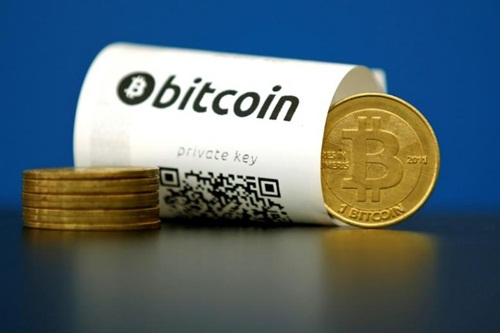 gia-tien-ao-bitcoin-vuot-1000-usd