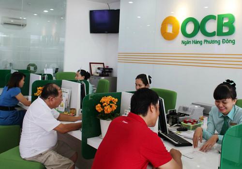 Khách hàng liên hệ các phòng giao dịch gần nhất của ngân hàng để nhận ưu đãi