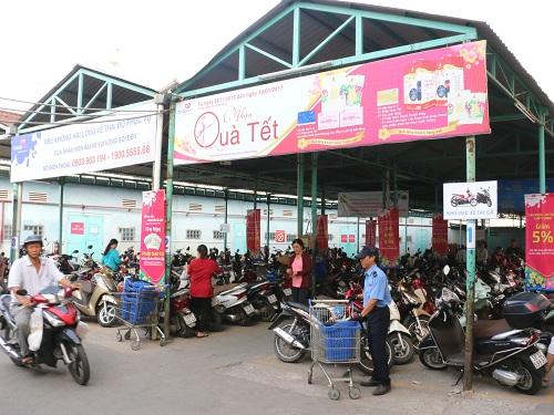 sieu-coopmart-kien-giang-khong-can-dem-theo-tien