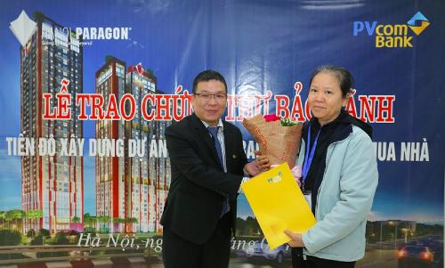 hanoi-paragon-trao-chung-thu-bao-lanh-den-tung-khach-hang