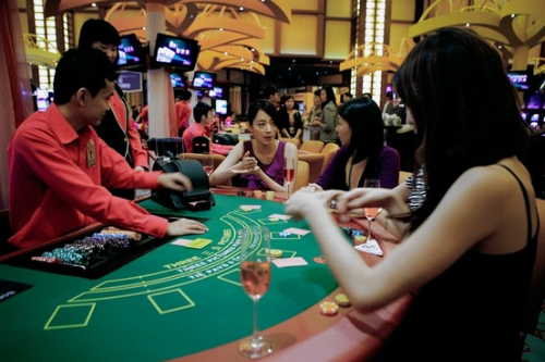 hang-loat-du-an-ty-dola-tang-toc-don-song-casino-tai-viet-nam-1