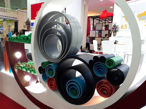 Những sản phẩm chủ lực của Hoa Sen được giới thiệu tạiHội chợ triển lãm Quốc tế Vietbuild.