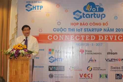 Ông Lê Hoài Quốc, Trưởng Ban Quản lý Khu Công nghệ cao phát biểu khai mạc cuộc thi IoT Startup 2017.