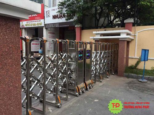lua-chon-cua-cong-xep-tai-truong-hung-phat
