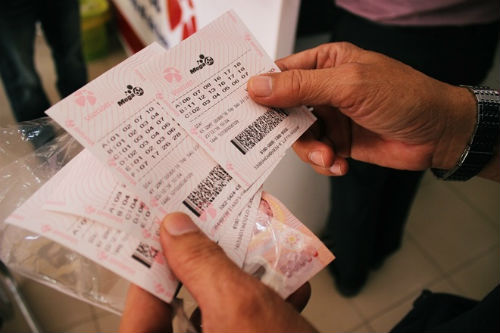 ve-trung-jackpot-23-ty-dong-duoc-ban-o-ha-noi