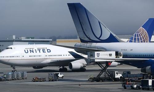 united-airlines-mat-hon-nua-loi-nhuan