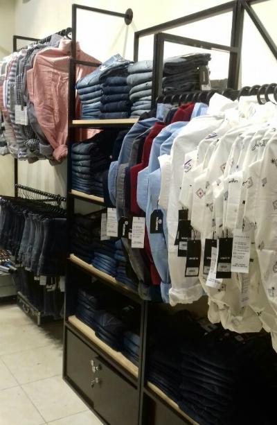Các cửa hàng của Vimen hiện nay cũng hiện diện tại những con phố sầm uất, những vị trí đắc địa, thuận tiện cho việc mua sắm của khách hàng.