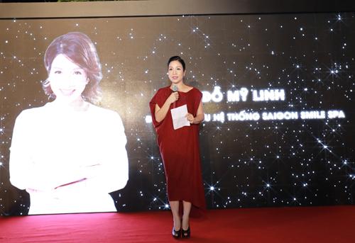 Diva Mỹ Linh chia sẻ tại sự kiện.
