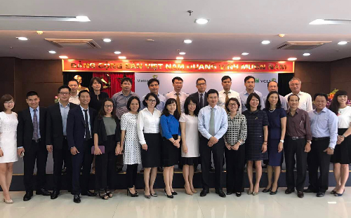 vcli-cung-vietcombank-dy-manh-hoat-dong-kinh-doanh-bancassurance-2