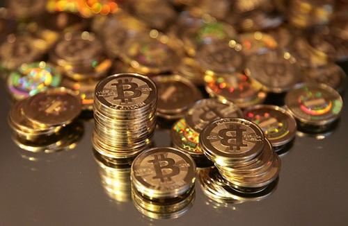 1800-usd-mot-dong-tien-ao-bitcoin