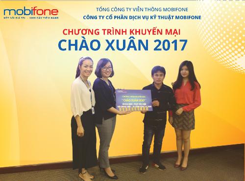 mobifone-trao-10-luong-vang-sjc-9999-cho-khach-hang