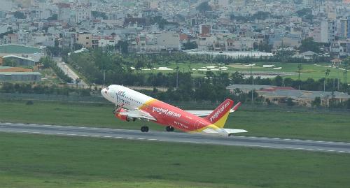 Hiện hãng khai thác 45 tàu bay A320 và A321 với hơn 300 chuyến bay mỗi ngày; 63 đường bay phủ khắp các điểm đến tại Việt Nam và quốc tế.