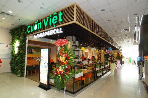 nha-hang-cuon-viet-khai-truong-taicoop-mart