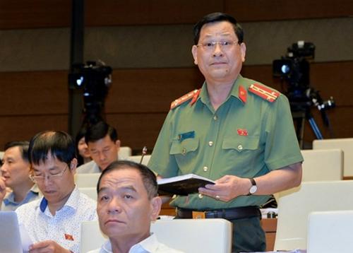 cong-an-khong-phai-nguoi-doi-no-cho-ngan-hang