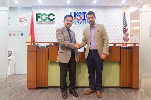 Ông Chris Lộc Đào (Chủ tịch USIS Group) và đại diện Aristo Developers - Ông Tasos Stavrou (Giám đốc Điều hành - Kinh doanh Châu Á & Trung Quốc)