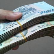 5 tỷ đồng gửi ngân hàng có nên lấy bớt 2 tỷ để mua đất?