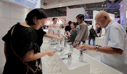 Sản phẩm sen vòi thế hệ mới của TOTO nhận nhiều sự quan tâm của người tiêu dùng Việt Nam