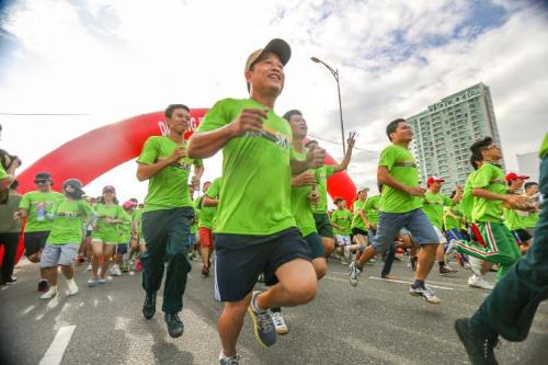 sap-dien-ra-cuoc-thi-chay-manulife-danang-international-marathon-2017-4