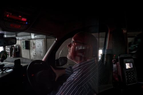 tran-chien-the-ky-giua-uber-va-taxi-tai-london-2