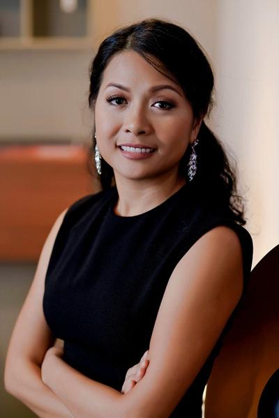 Tác giả Trần Uyên Phương hiện là Phó tổng giám đốc Tập đoàn Tân Hiệp Phát.