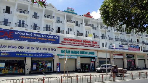 dong-tam-mo-rong-he-thong-showroom-nang-cao-chat-luong-dich-vu