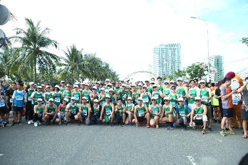 5000-nguoi-tham-du-cuoc-thi-marathon-quoc-te-da-nang-2017-3