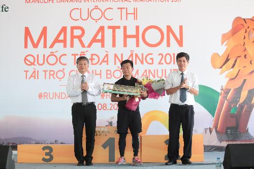 5000-nguoi-tham-du-cuoc-thi-marathon-quoc-te-da-nang-2017-4