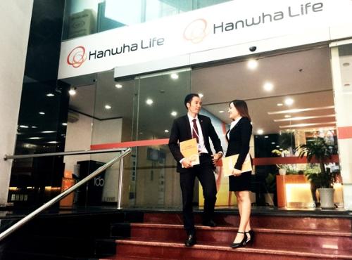 hanwha-life-mo-rong-mang-luoi-len-100-diem-giao-dich-1