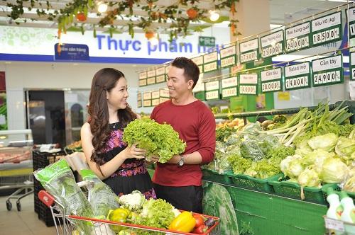 mua-hang-uu-dai-nhan-qua-gia-tri-tai-coopmart-dong-van-cong