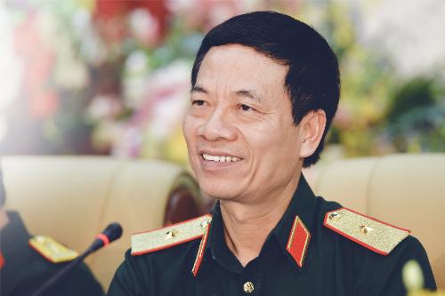 Ông Nguyễn Mạnh Hùng - Tổng giám đốc của Tập đoàn Viettel.