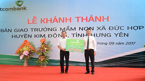 vietcombank-tai-tro-kinh-phi-tam-ty-xay-truong-mam-non