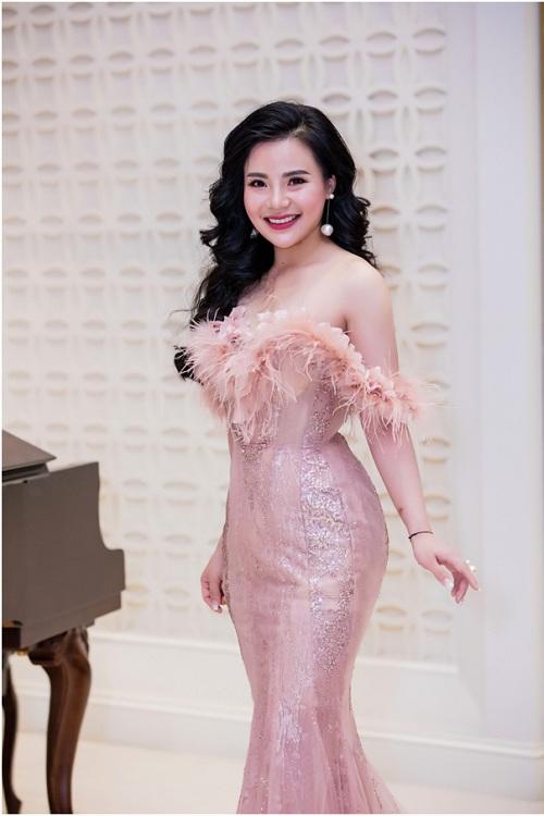 doanh-nhan-nguyen-thu-trang-tham-gia-mrs-asia-international-2017