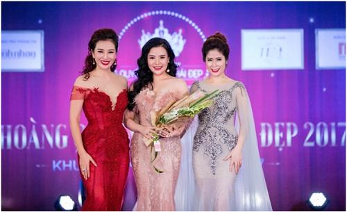 doanh-nhan-nguyen-thu-trang-tham-gia-mrs-asia-international-2017-3