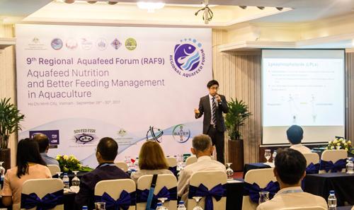 Ông Daniel Choi - chuyên gia của Easy Bio chia sẻ chủ đề Bổ sung hợp chất lysophospholipid vào khẩu phần ăn là giải pháp tối ưu hóa hấp thụ thức ăn ở tôm.