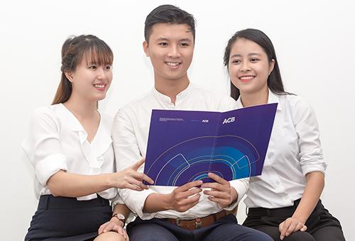 Để biết thêm chi tiết về chương trình các bạn hãy truy cập vào website chính thức http://acbjobs.com.vn.