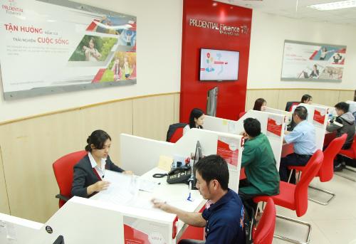 prudential-finance-viet-nam-tang-qua-khach-hang-moi-nhan-ky-niem-10-nam-1