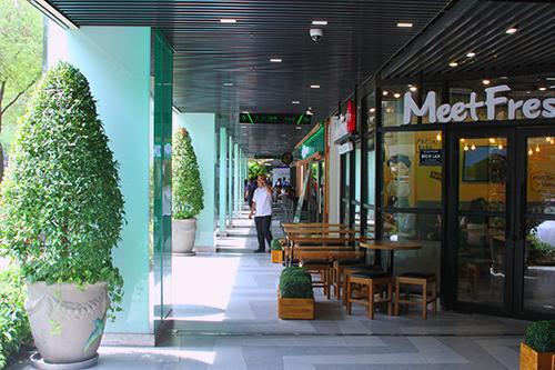 trung-tam-thuong-mai-o-thuan-kieu-plaza-kinh-doanh-tro-lai-1