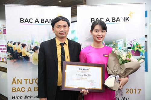 ngan-hang-bac-a-trao-giai-cuoc-thi-an-tuong-bac-a-bank-2017-1