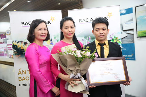 ngan-hang-bac-a-trao-giai-cuoc-thi-an-tuong-bac-a-bank-2017