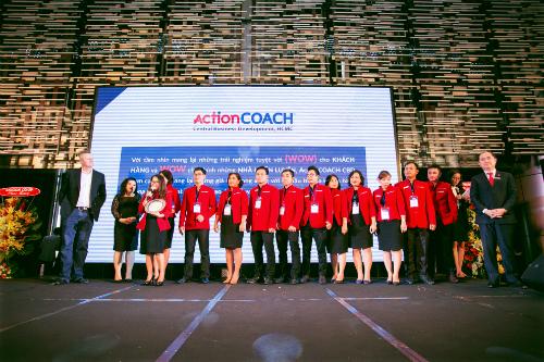 Đội ngũ Action code của chị Hằng tại Việt Nam.