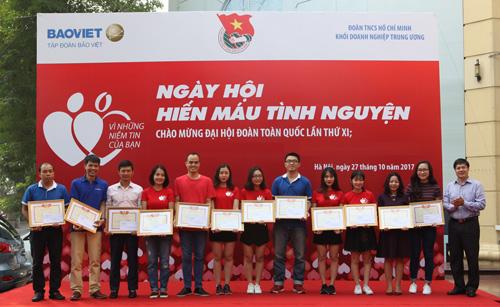 tap-doan-bao-viet-vao-top-10-doanh-nghiep-ben-vung-nhat-1