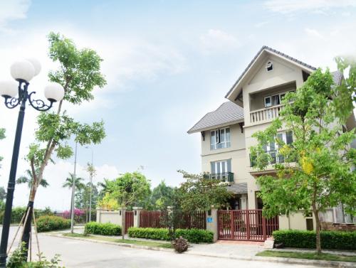 nhan-2-cay-vang-sjc-khi-mua-biet-thu-sunny-garden-city-2