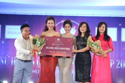 yakson-beauty-viet-nam-trao-goi-lieu-trinh-cho-15-nu-lanh-dao