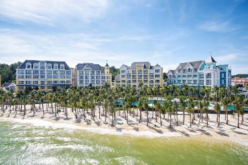 ben-trong-resort-duoc-vinh-danh-dang-cap-nhat-chau-a-9