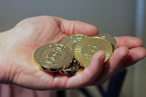nhung-con-ca-voi-trong-cuoc-choi-bitcoin