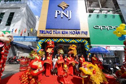 pnj-la-doanh-nghiep-phat-trien-ben-vung-2