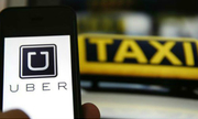 'Trận chiến' sân bay của taxi truyền thống và Uber, Grab