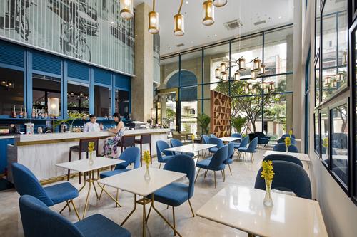 Kiến trúc của Oakwood Apartments lấy cảm hứng từ kiến trúc Sài Gòn xưa từ những năm 50.